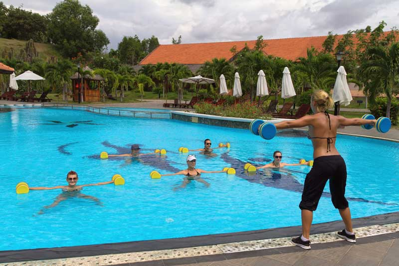 abdominal-pool-exercise.jpg